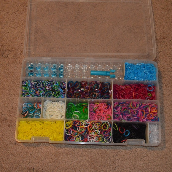 Rainbow Loom with Storage Container & Rainbow Loom Other | With Storage Container | Poshmark